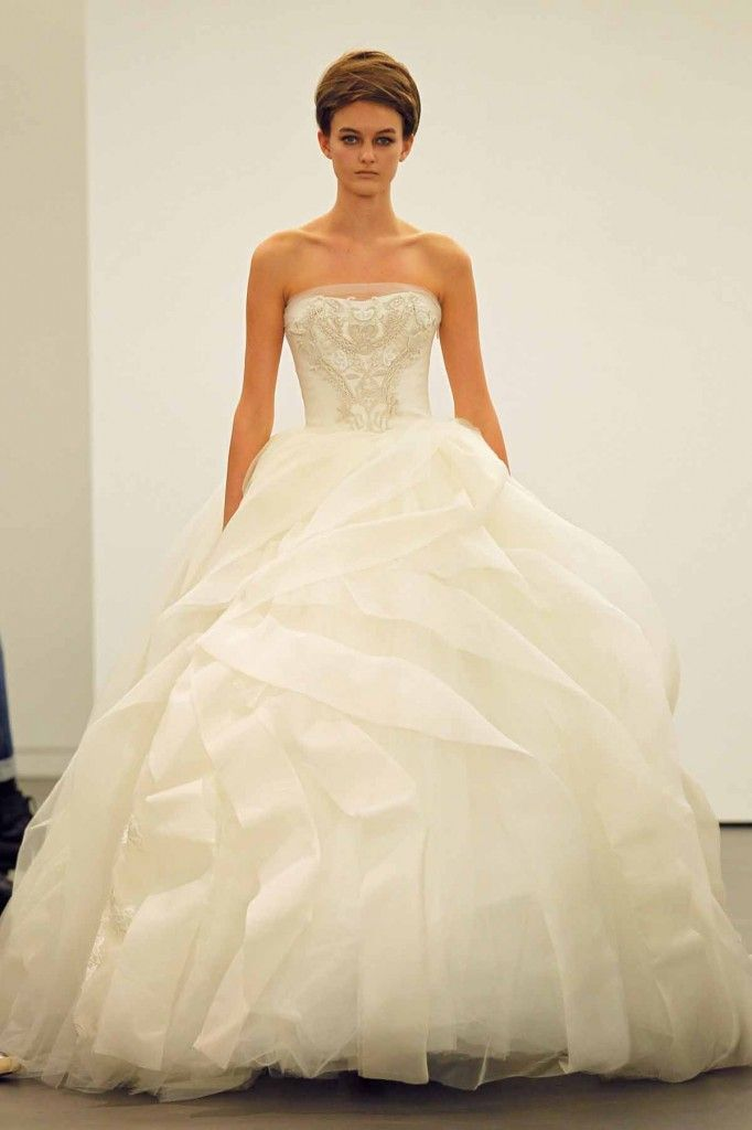 78 Best Vera Wang Wedding Gowns Images On Pinterest Vera Wang Dresses Wedding