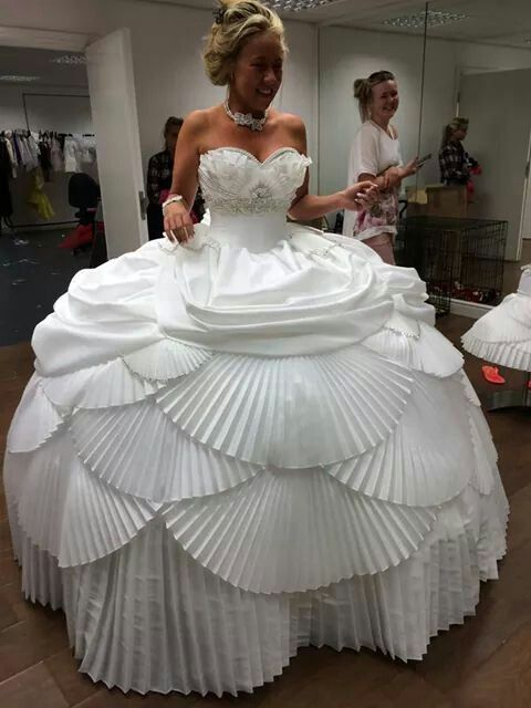 17 Ugly Wedding Dresses You Won T Believe are Real Hideous Bridesmaids Dresses